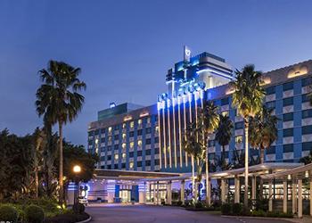 迪士尼好萊塢酒店住宿套票+餐券+昂坪360+天際100套票